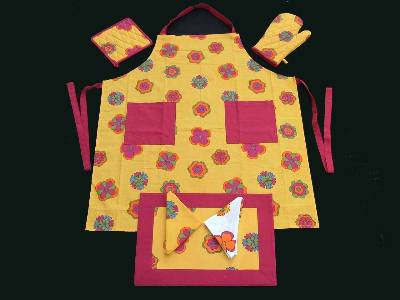 Printed aprons & cotton knitted gloves manufacturers suppliers based in erode with factories in karur in India.