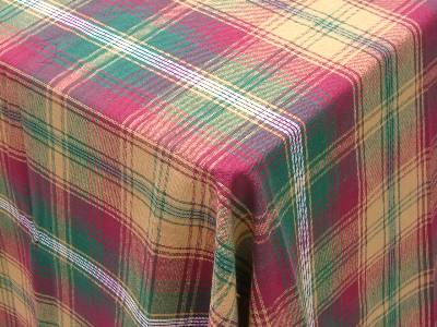 Suppliers of checked table linen in wholesale, manufactured from our factories in India