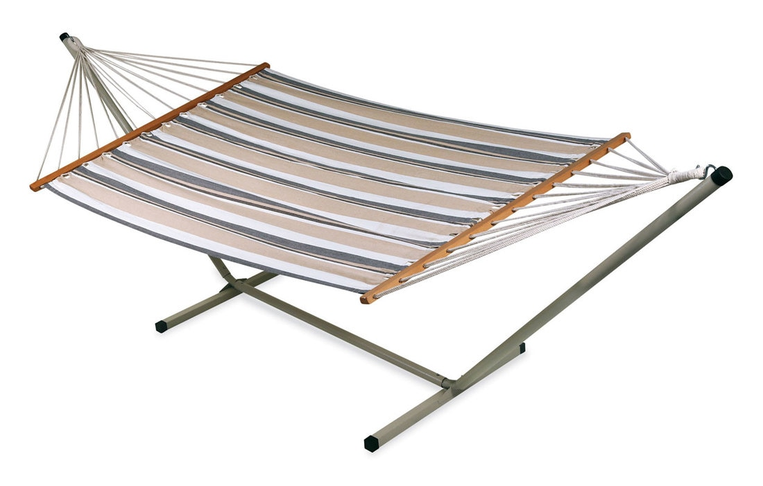 Wholesalers of wooden hammocks with cotton quilted fabric including brazilian, mexican, mayan hammock from chennai in India.